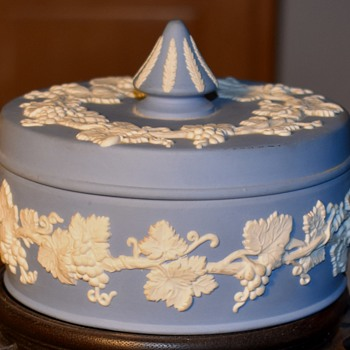 Wedgewood Covered Box - China and Dinnerware