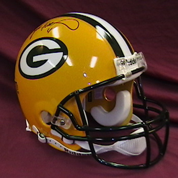 Brett Favre Autographed Green Bay Packers Helmet