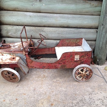 mystery pedal car, seems to have been heavily modified