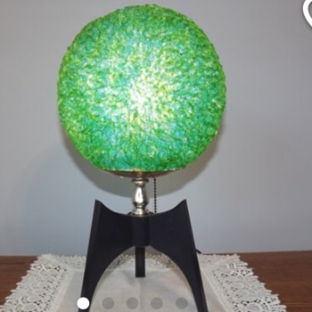 Mid Century Modern Spaghetti Teak Table Lamp - Mid-Century Modern