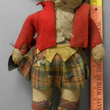 Very Old GUND Scottish Rabbit w/tag~Anyone know how old? - Dolls