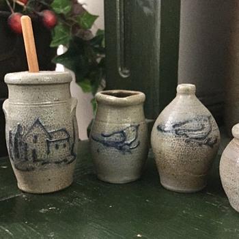 Cute salt glazed mini pots - Pottery