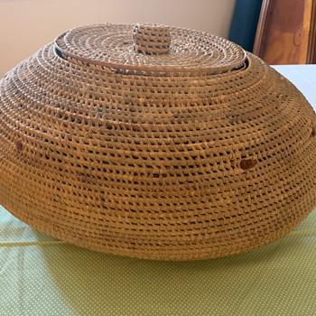 Large Native American Basket - Furniture