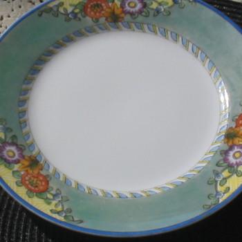 I had Bought this set Cheap any ideas 12 big plates