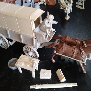 Classic Toy Soldier Medical Wagon - Toys