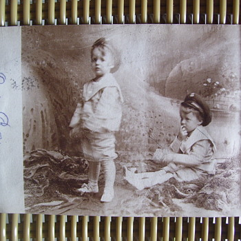 A 1907 DOUBLE EXPOSURE ON PURPOSE, DONE AT HOME...IS IT? - Postcards