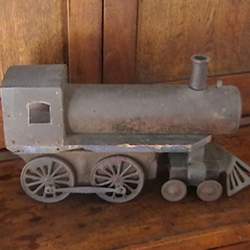 1920s Train Engine Pull Toy - Model Trains