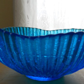 Peacock Blue Bowl  - Art Glass