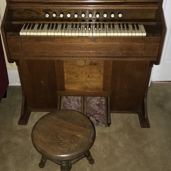 Estey Organ early 1900 - Musical Instruments