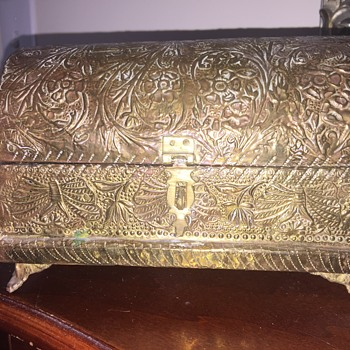 Pretty brass on wood box - Costume Jewelry