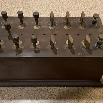 Old Electrical Box Thing? What is it?  - Electronics