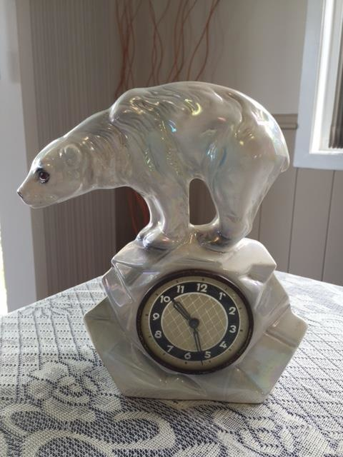 Jema Holland Single Polar Bear Mantle Clock Numbered 438