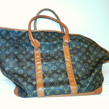 """LV """"I'm 90% certain this may not be our bag, but I don't know"""" bag - Bags"""