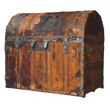 Ornate Bridal Trunk needs I.D. - Purportedly owned by Sarah Bernhardt; needs provenance. - Furniture