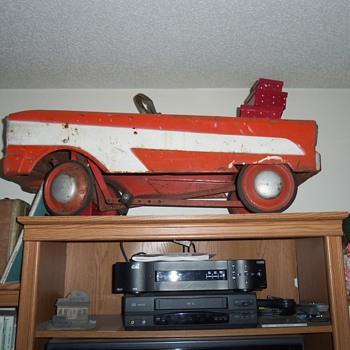 vintage petal car - Model Cars