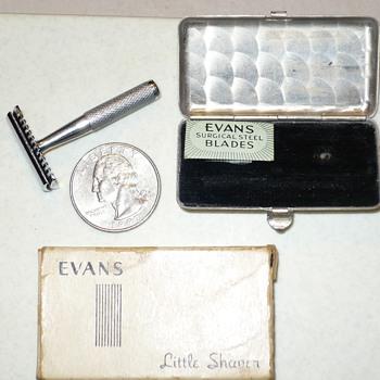 Tiny Vintage Evans Little Shaver - Accessories