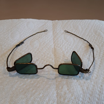 Glasses - Military and Wartime