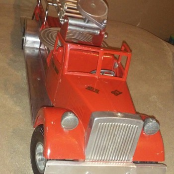All original Smith miller LAFD Fire Truck ! - Toys