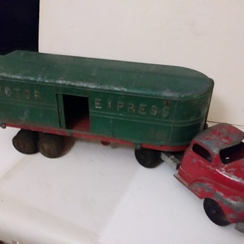 More Hubley Trucks - Model Cars