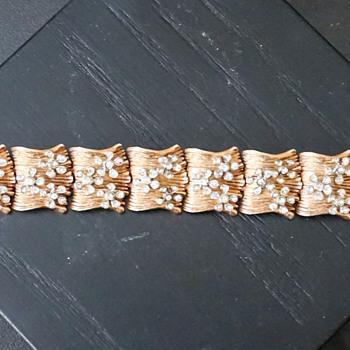 Vintage Hobe Gold Tone & Rhinestone Bracelet - Costume Jewelry