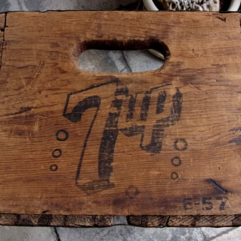 7 Up Bottle Crate - Advertising