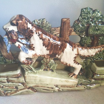 McCoy Bird Dog Planter - 1950's - Pottery