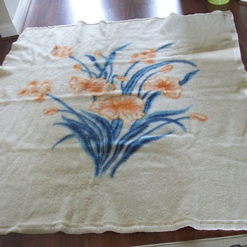Pretty wool blanket~Need Help Identifying where this was made - Rugs and Textiles