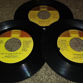 45 RPM SINGLE(S)....#82-#84 - Records