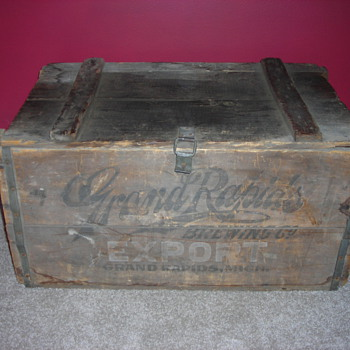 Antique original Grand Rapids Brewing Company Beer Crate - Advertising
