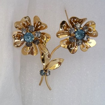 CORO- 1919 Brooch I believe. - Costume Jewelry