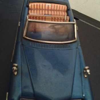 old tin toy car - Model Cars