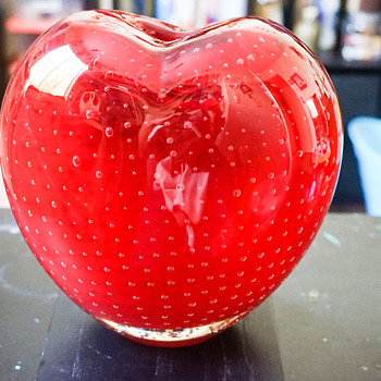 Murano Controlled Bubble Heart Vase - Art Glass