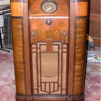 DeForest Crosley LYRA  radio - Radios