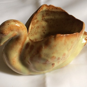 Swan pottery - Pottery