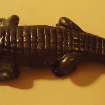 Alligator (roach) Clip 60's, 70's,  Turbulent (but good) times then! see photos - Animals