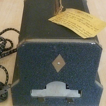 Electric Lighter & Cigarette Dispenser - Tobacciana