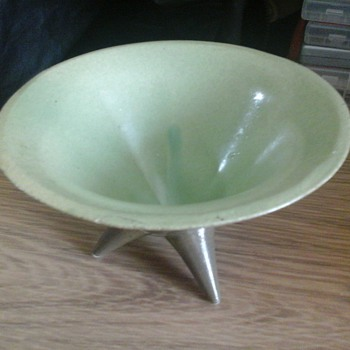 three footed bowl - Pottery