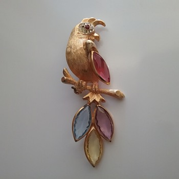 BSK parrot brooch  - Costume Jewelry