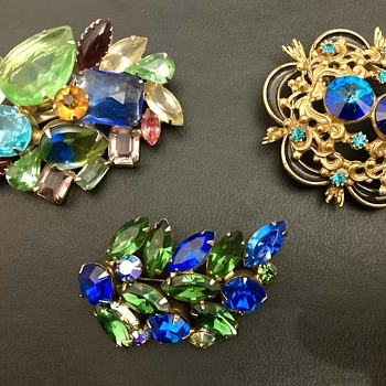 Lovely brooches - Costume Jewelry