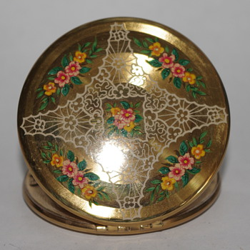 Lady's Compact - Accessories