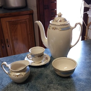 Johnson Bros teacup collection A 3 printed on the bottom