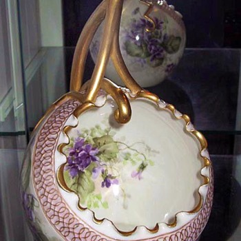 Ceramic Arts Company (CAC) American Belleek Cache Pot - Pottery