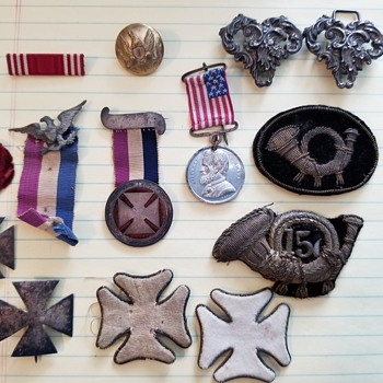Civil War - Unknown pins & medals  - Military and Wartime