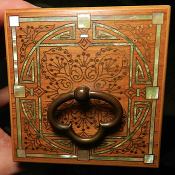 Arts & Crafts Era Wooden Box - Arts and Crafts