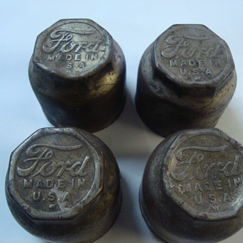 model t hub caps  - Classic Cars