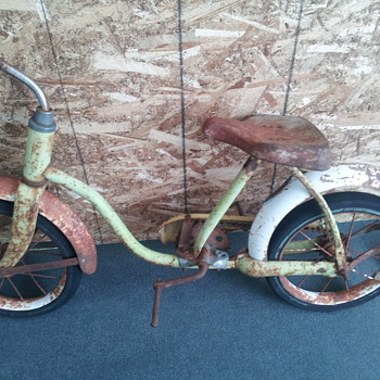 Antique Hedstrom Childrens Bicycle
