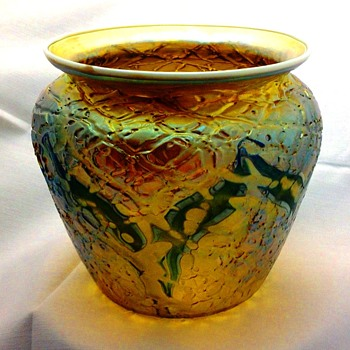 Durand Gold Lustre Crackle Vase with Blue Bands. - Art Glass