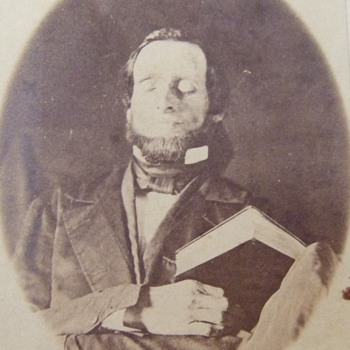 A REAL Post- Mortem photograph - Photographs