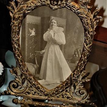 Victorian Bronze Heart Picture Frames With Cherubs - Fine Art