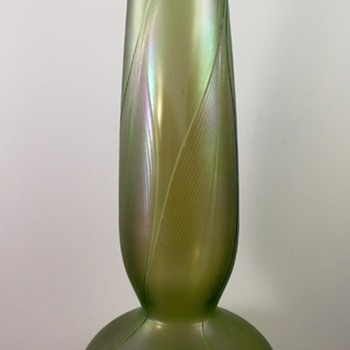 Loetz Phänomen Genre 166 vase, PN I-7471, ca. 1898 - Art Glass